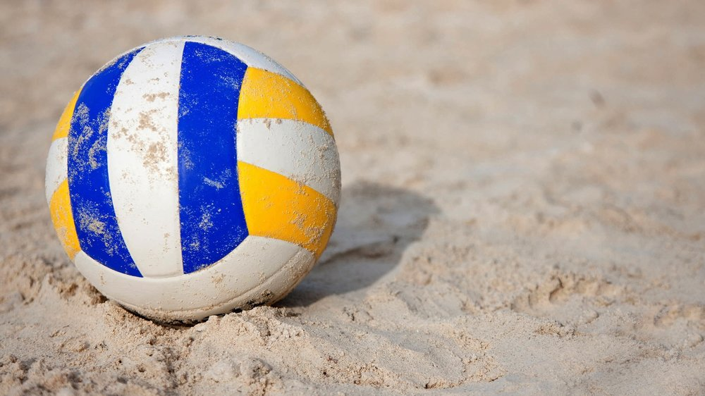 Book beach volleyball ONLINE -