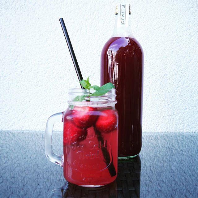 Welche Sorte ist eure liebste? Sichere Dir jetzt 50% Rabatt auf unsere Bestseller Ingwer und/oder Erdbeere mit dem Code INGWER50 und ERDBEERE50 in unserem Onlineshop #lemonade #summeriscoming #fresh #schnäppchen #summer