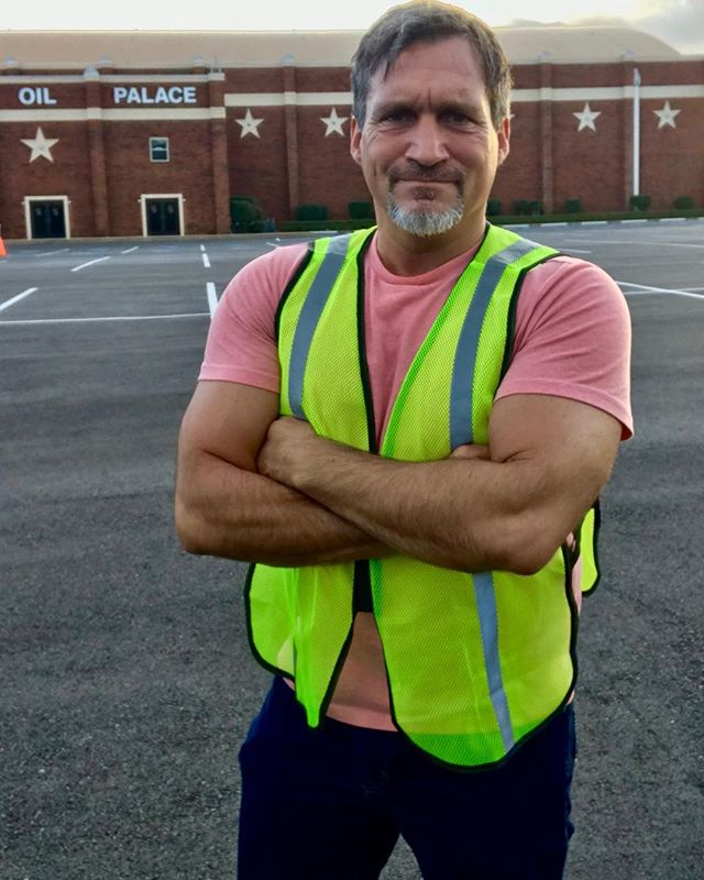 "In the live entertainment production world there is no such thing as ""that's not my job"". My company handles all booking, marketing, promotions and PR for the @theoilpalace in Tyler, Texas. But on show night there is no more marketing to be done so everyone has an area to oversee. I handle the parking lot and help with security on show night. Goal is to provide everyone with a fun and safe environment so they can see value in the money they spend. We have been a partner with the Manziel family for over a year and I've loved every minute of it. . . My day started at 430am with a first class flight to DFW and will end at 230am tonight. #actorslife #fit #actors #concert #concertphotography #live #liveentertainment #easttx #easttexas #tylertx #tylertexas #rosecapital #manziel @el.duelo.oficial #fitover40 #travel #traveler #wanderlust #agency #agencylife"
