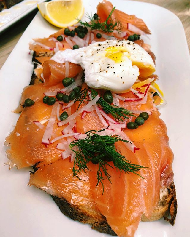 "there's ""that was good"" good and then there's ""i order it every time i go there"" good. the smoked salmon tartine is the latter. 📸 @girlswhoeat . . . . #foodiechats #foodiegram #feedfeed #goodmoodfood #foodblogfeed #eatwell #feelgoodfood #appetitejournal #tastespotting #ourfoodstories #theparisiantoast #tartinery #fresheats #realfood #lunchinspo #eatingwelleats #smokedsalmon #mindbodygram #wholesomefood #thenewhealthy #foodrevolution #droolclub #thekitchn #foodgawker #eatrealfood #wellandgoodeats #onmytable #heathyfoodlover #healthylunch #yolkporn"