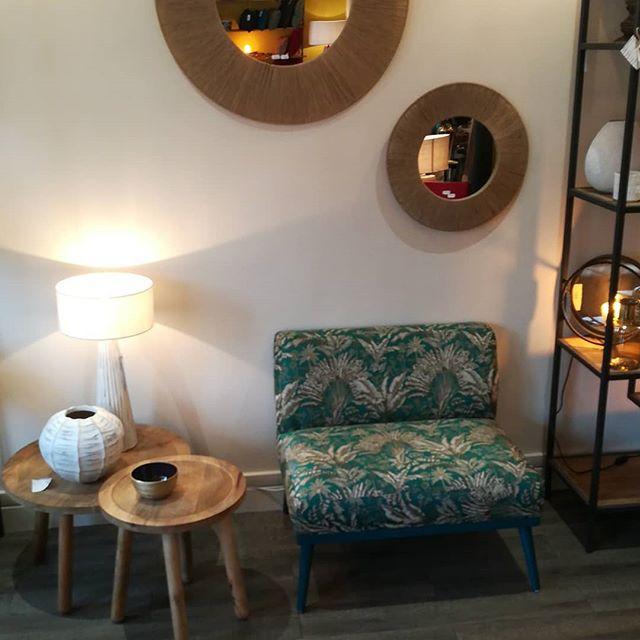 On adore ce subtil fauteuil oversize ! Parfait dans une entrée ou dans un coin lecture. #fauteuilimprimé #oversize #lazarehome #mobilierdeco #original