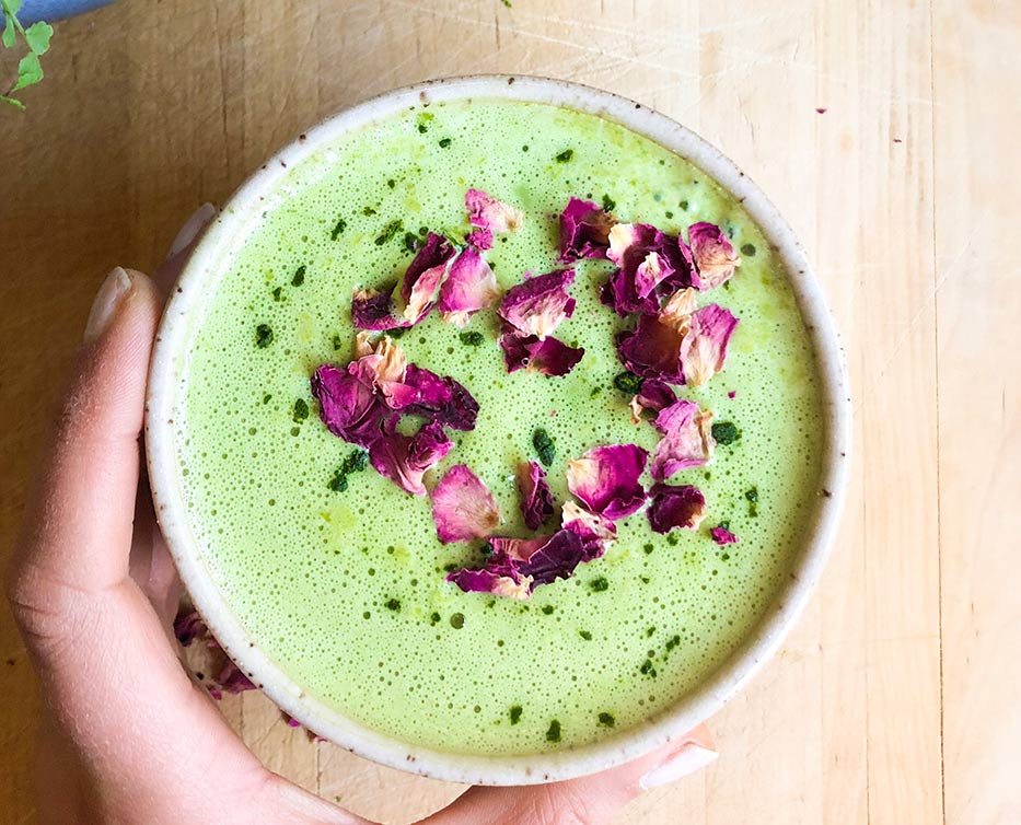 matcha latte with rose