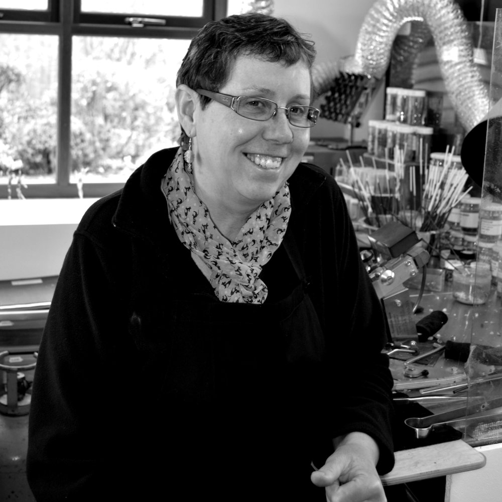 Caroline Weildman   Glass sculptor & jewellery designer   www.glassfromthepast.co.uk