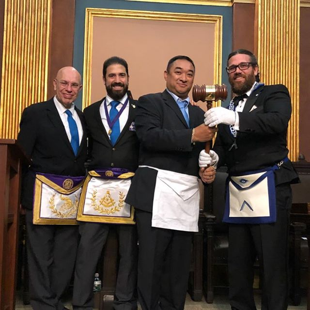 #gloriousfourth #travelinggavel is now at #manahatta449 #nymasons