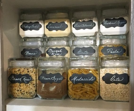 Helpful storage solutions for small kitchens | www.JadoreLeDecor.com | Small space living, small home organization | Whole House Organization Challenge
