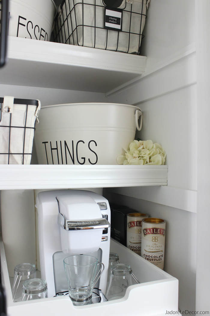 www.JadoreLeDecor.com | Creative use for a bit of extra space in your small kitchen. How does a tea & coffee bar sound? | Small space makeover | Coffee & Tea bar | Small closet | Small pantry | Closet coffe bar