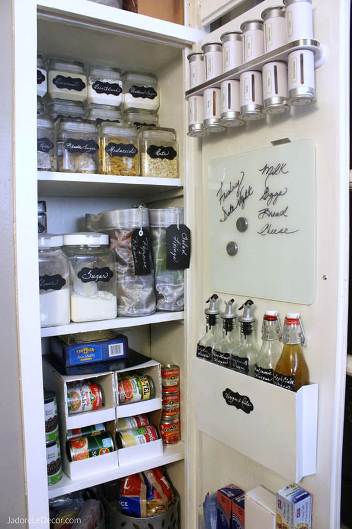 www.JadoreLeDecor.com | Unconventional solutions that address common pesky problems in a small kitchen. | Small Kitchen | Small Pantry