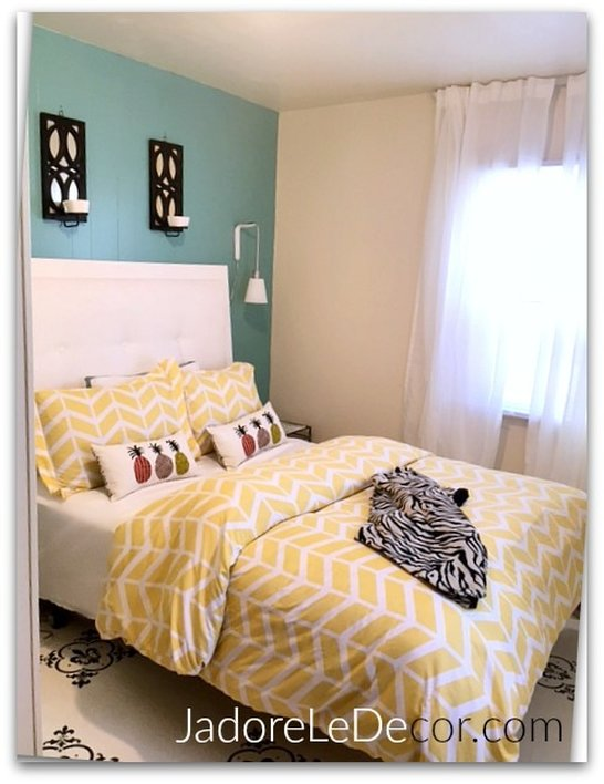 www.JadoreLeDecor.com | A historical family home gets a proper guest room | Small Space Living | Guest Room Makeover