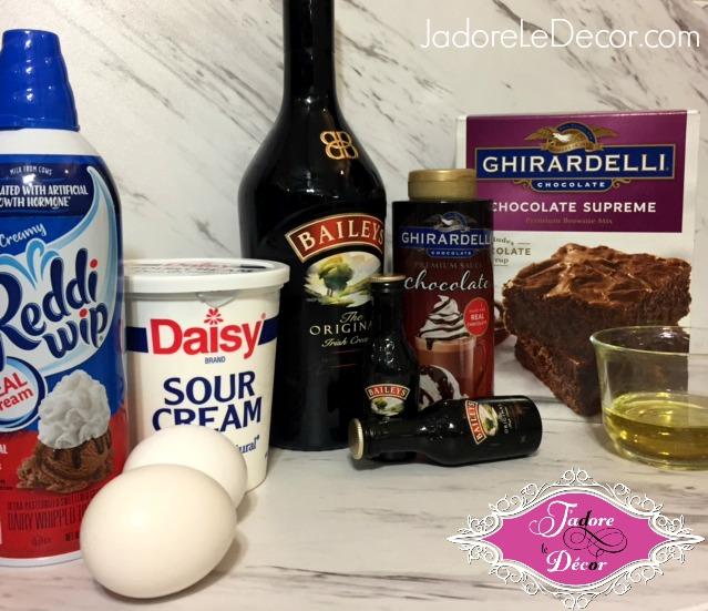 www.JadoreleDecor.com |Cupcakes made with Ghirardelli chocolate and Bailey's Irish Cream. Yum! | Desserts | Bailey's Irish Cream | Ghirardelli Chocolate