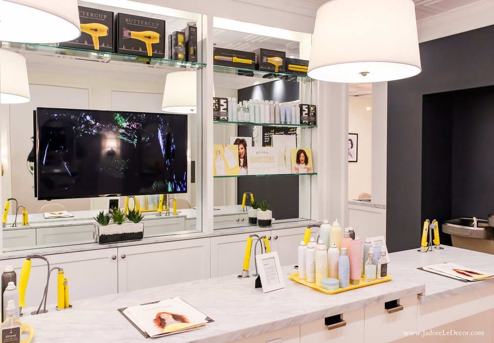 www.JadoreleDecor.com | What do you get when you mix fanciful, à la mode interiors with a simple beauty concept? Introducing Dry Bar, a salon specializing in blowout hair styles.