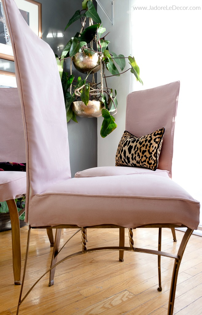 www.jadoreledecor.com | Comfort Works gave me a cool way to save money when redecorating my dining room for the One Room Challenge | dining room makeover | Replacement Slipcovers | #thisisuskeepingroom #bhgorc #oneroomchallenge #orc2018 #homelovenetwork
