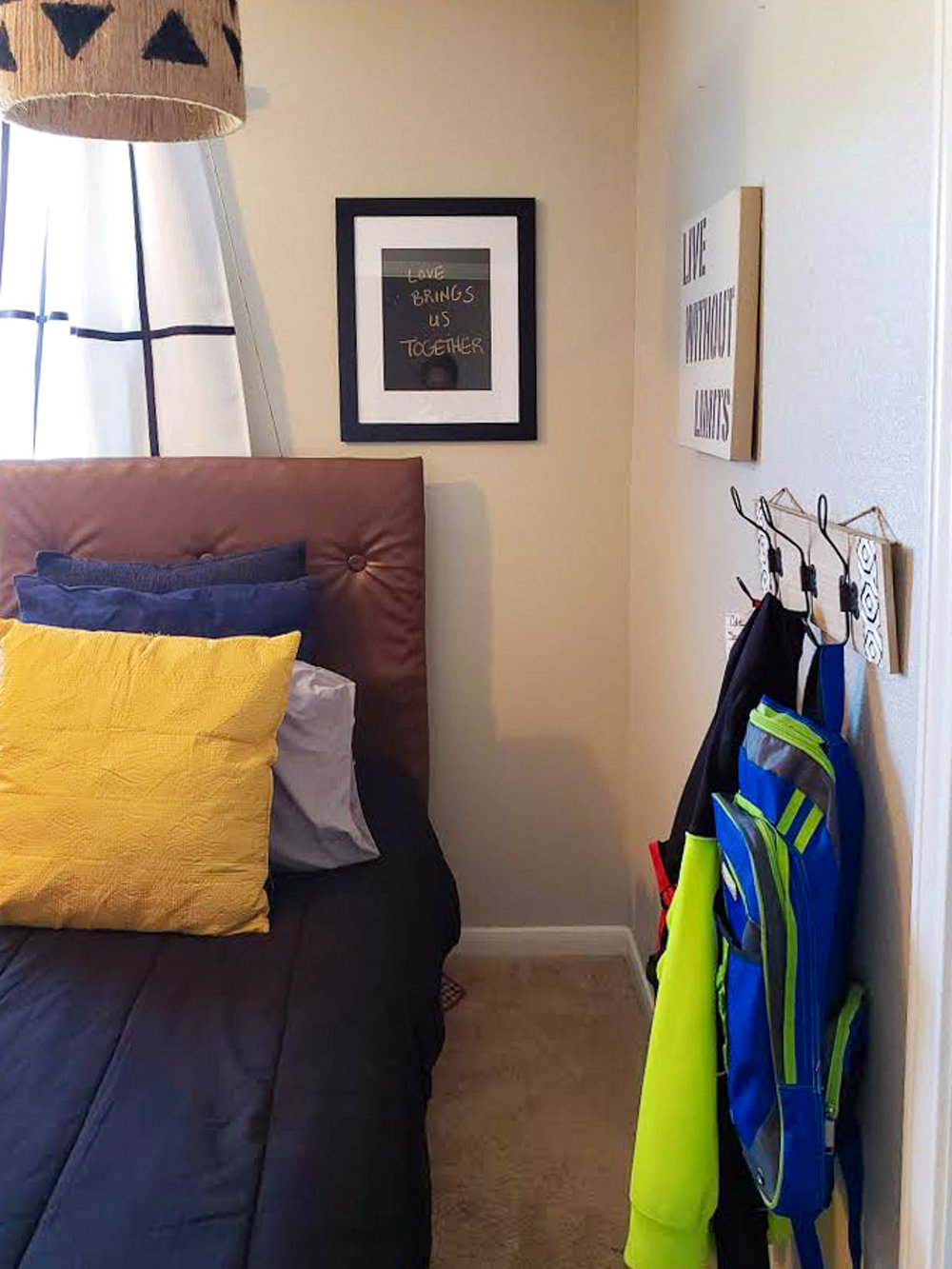 www.JadoreleDecor.com | Simple organization tips for children and parents in blended families. | How to organize a shared children's bedroom. #sharedkidbedrooms #childbedroomorganization