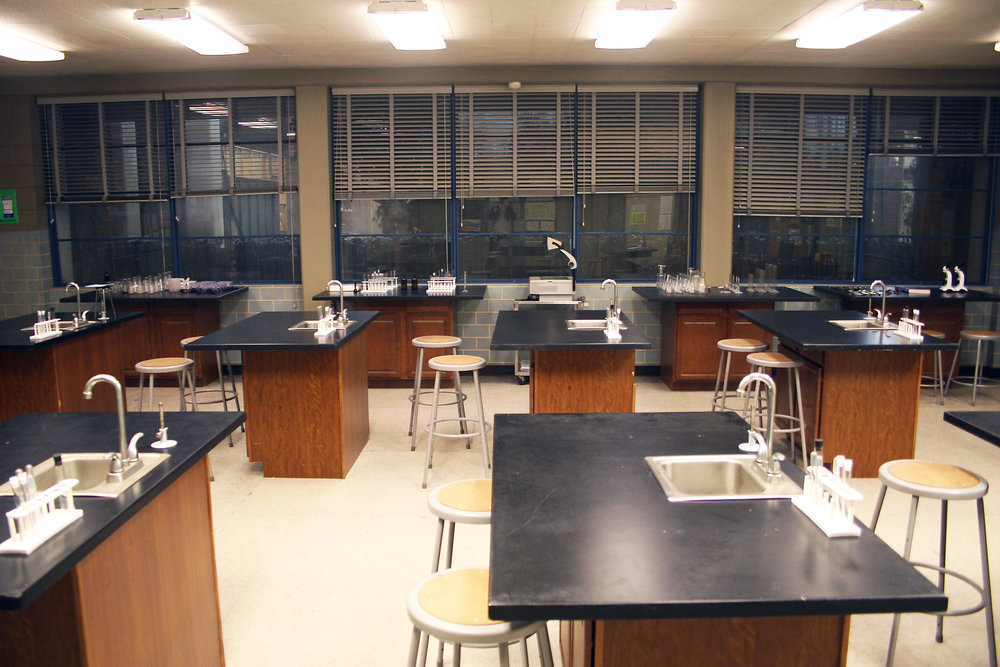 Capital Arts Set, Biology/Chemistry Classroom