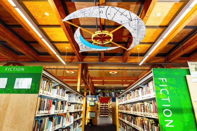 2011 - KCLS is named Library of the Year by Library Journal, the industry's highest honor.