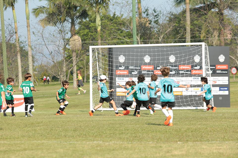 caioba_soccer_camp_abr_18-7000.jpg