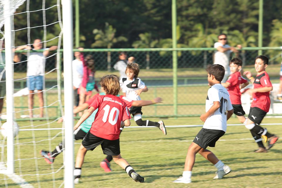 caioba_soccer_camp_abr_18-7147.jpg