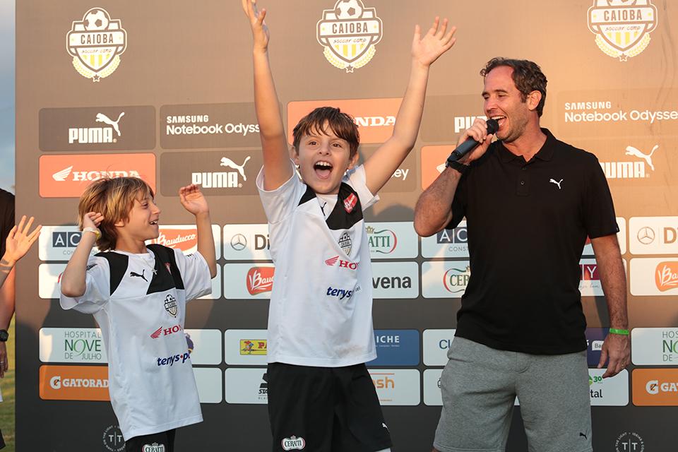caioba_soccer_camp_abr_18-7380.jpg
