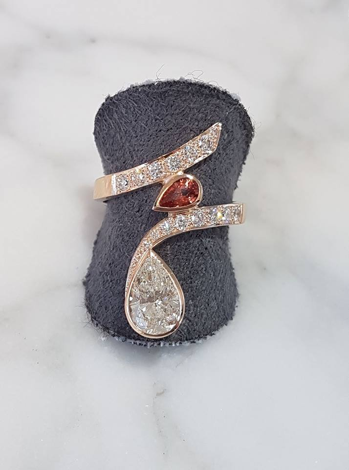 Huge 1.75ct of clients pear cut diamond set into rose gold with a padparadasha sapphire and accent diamonds this was a upcycle from unloved to new loved