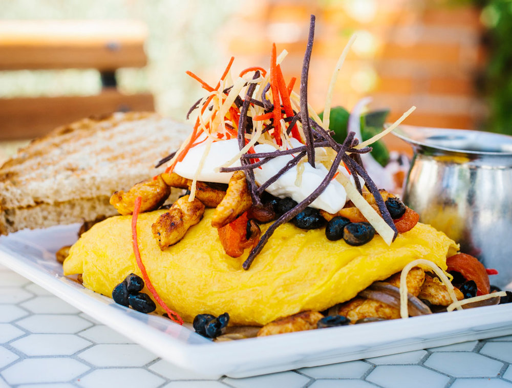 Larchmont-Bungalow-Cafe-omelet.JPG