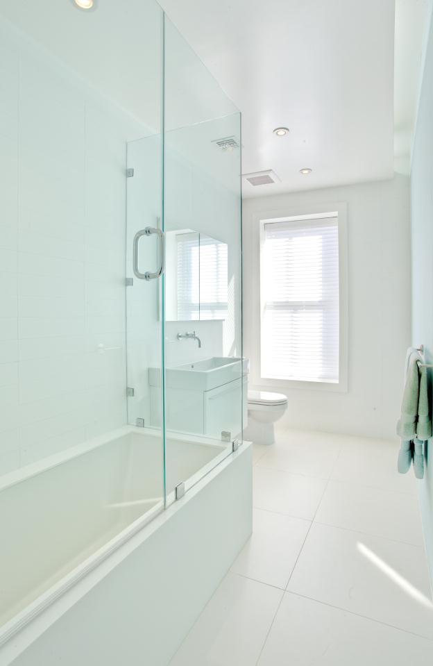 bathroom_3_op_624x959-1.jpg