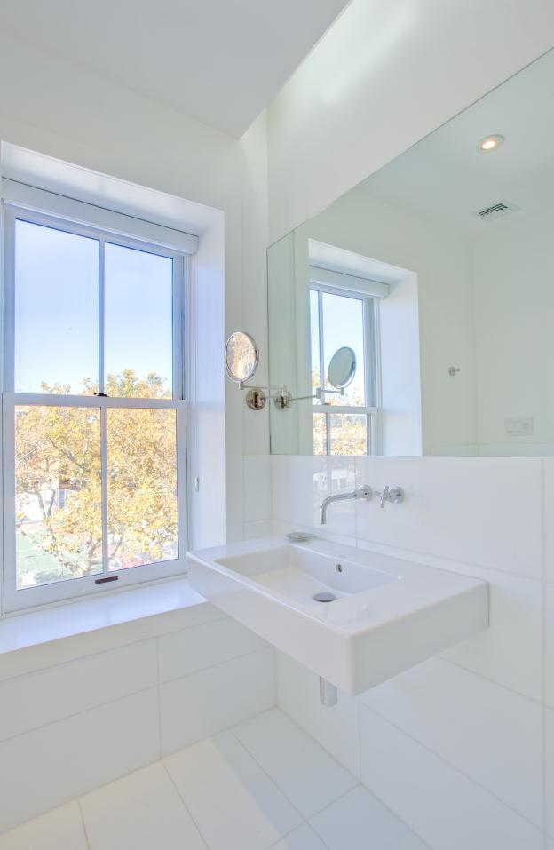 bathroom_4_op_624x957.jpg