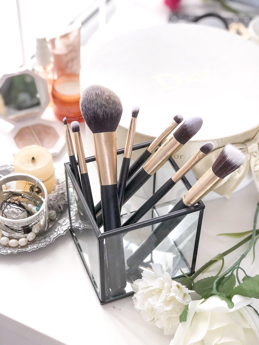 Australian Masey Cosmetics brushes review