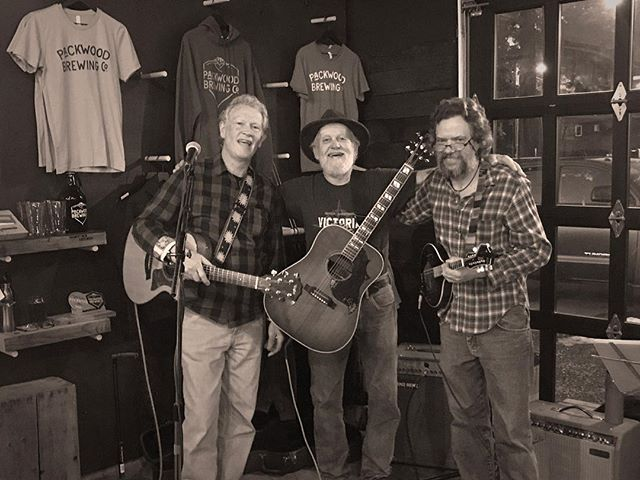 St. Patty's Day weekend is going to be 🙌🏻 with these guys! Kent Raible, Glenn Cowles, and Steve Hoecker of the Rolling Stones will get you rollin' on Saturday night, and the celebration continues all weekend!  #packwoodbrewingco #greatbeerandgoodtimes #stpatricksdayweekend #packwoodwa #thestationarystones #getlocal #packwoodliving #packwood