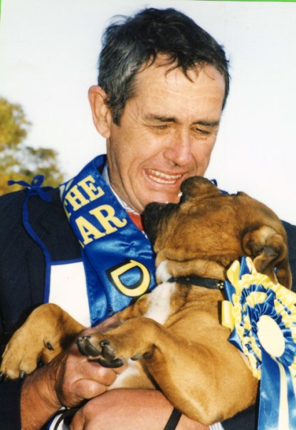 """Tyggar & Mike win the prestigious """"Dog Of The Year"""" Event."""