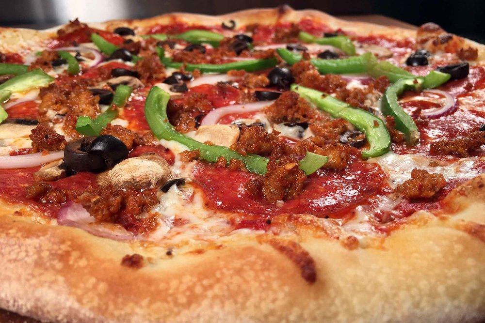 Shopeys-Pizza_SUPREME.jpg
