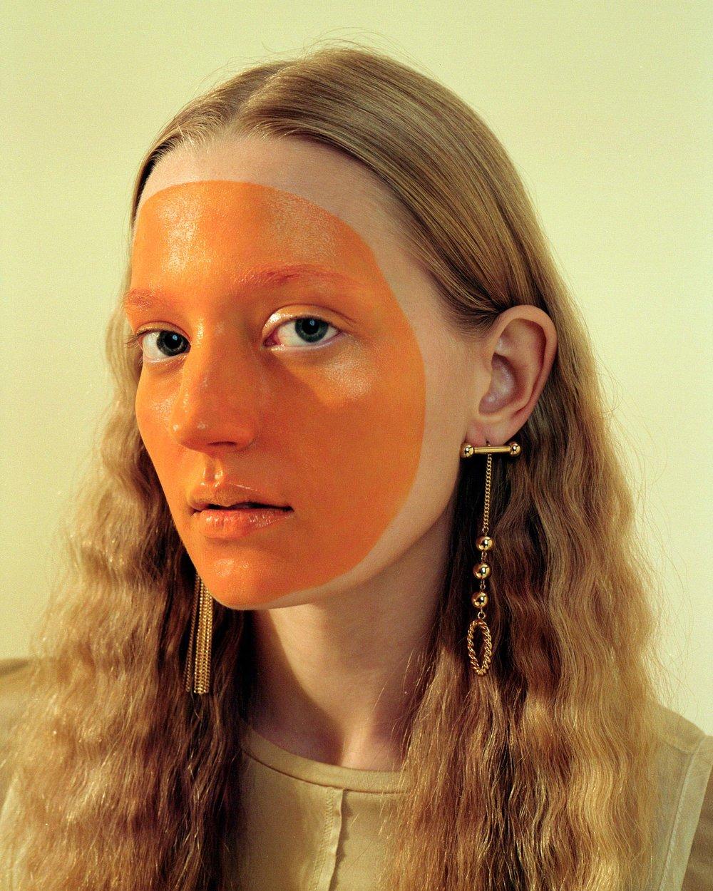Photography by  Nina Raasch  Fashion by  Ricarda Venjacob  Hair and Makeup  Katja Maassen  Model  Marie Louwes