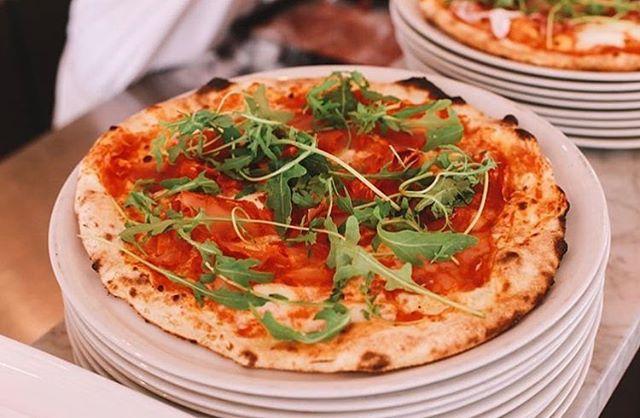 Tot vanavond! 🍕 #pizza #pazzi #vancoothplein #donderdag