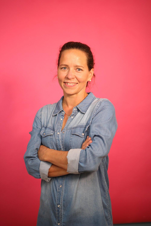 Heini Karppinen   CEO & The Mom  heini@mehackit.org