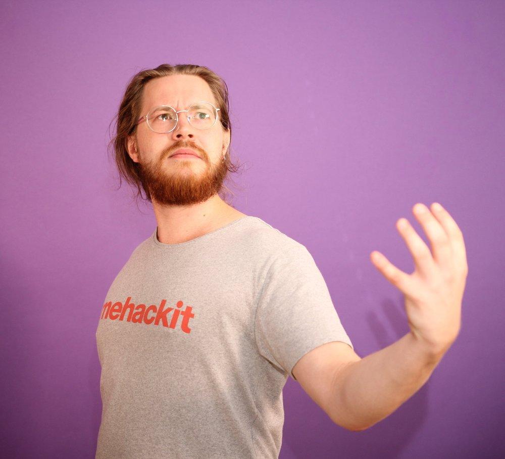 Antti Suomalainen   Sonic Developer & Noise Sculptor  antti@mehackit.org