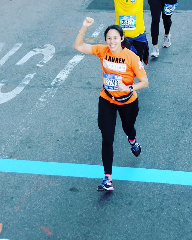 On August 10th, I set a goal to finish a half marathon but instead, last weekend I completed the @nycmarathon with @fredsteammskcc almost exactly 3 months later. 26.2 miles in 4 hrs and 43 minutes.  Here's to surprising yourself with the inner strength you didn't even know you had! 💗With love and balance, Lauren 💗 . . . . #rd2be #nyusteinhardt #nutritionbymama #balancedliving #balancedlife #wholefood #dieteticintern #dieteticinternship #registereddietitian #momlife #workingmama #workinmama #runningmama #nycmarathon #fredsteam #innerstrength