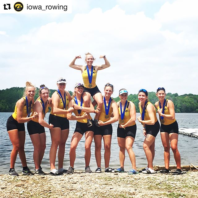 #Repost @iowa_rowing ・・・ A pair of bronze medal finishes for the Varsity 8 and Second Varsity 8! #FightforIowa