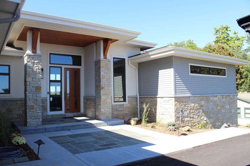 RMH_Golden_Lake_Contemporary_FrontDoor.jpg