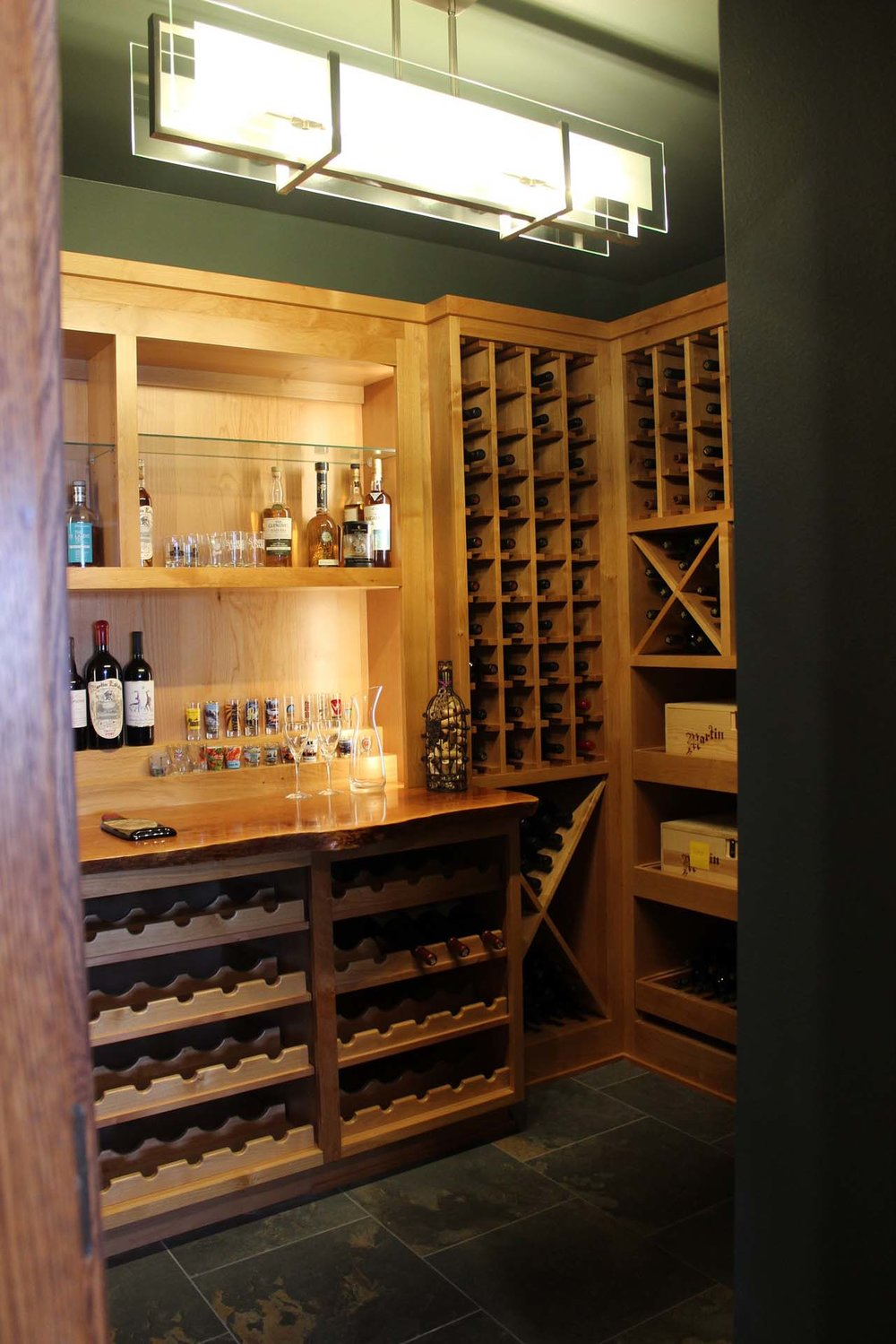 RMH_Golden_Lake_Contemporary_Wine_Cellar2.jpg