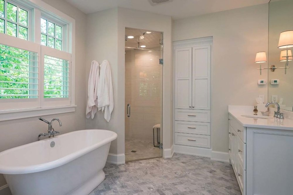 RMH_Elm_Grove_Nantucket_MasterBath2.jpg