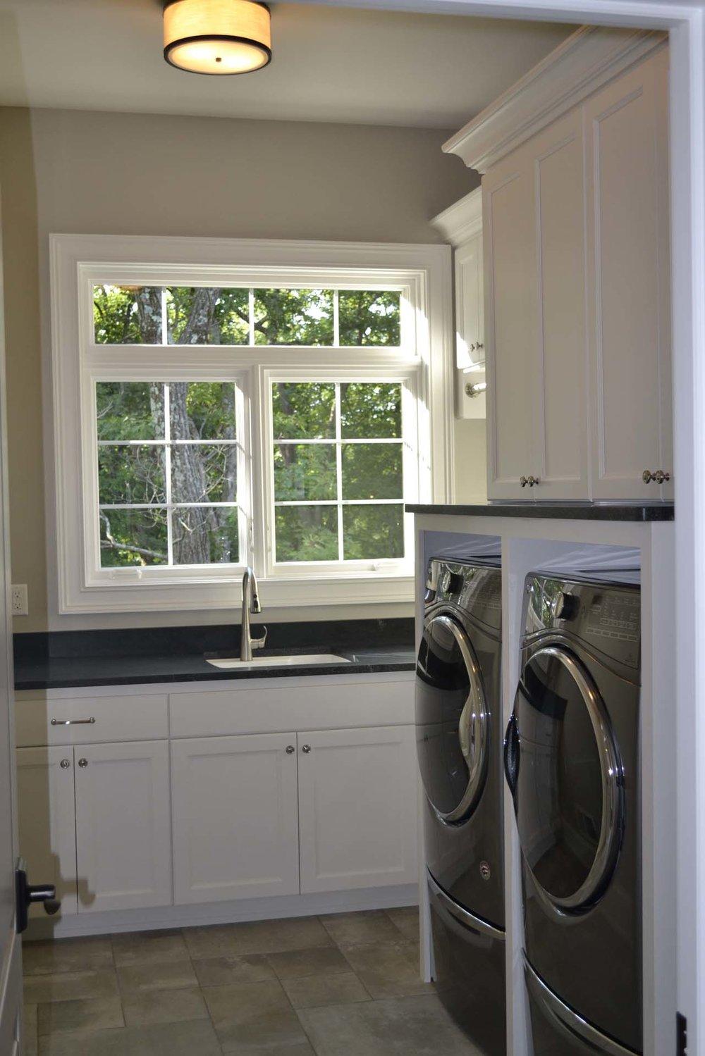RMH_Delafield_Grand_Homestead_laundry 4.jpg
