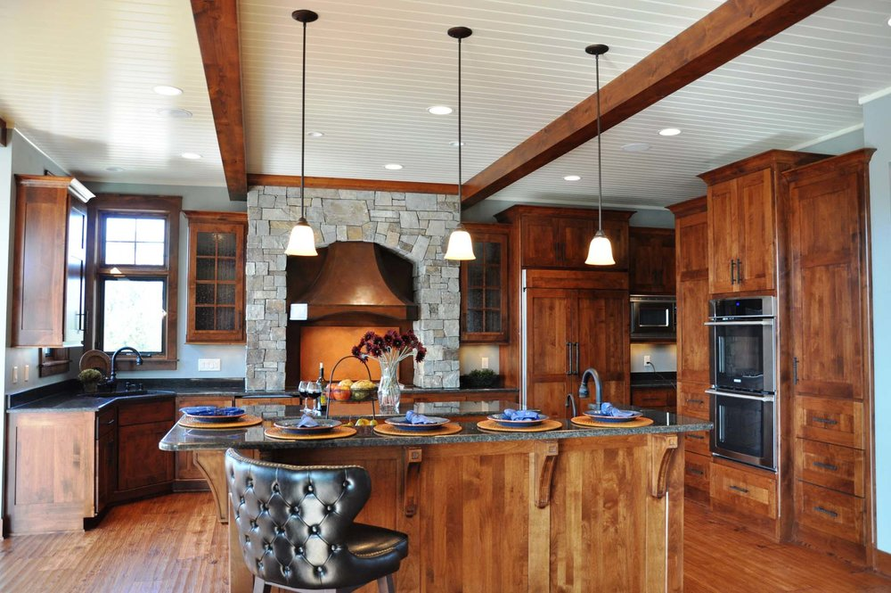 RMH_Lake_Country_Friends_Central_kitchen.jpg