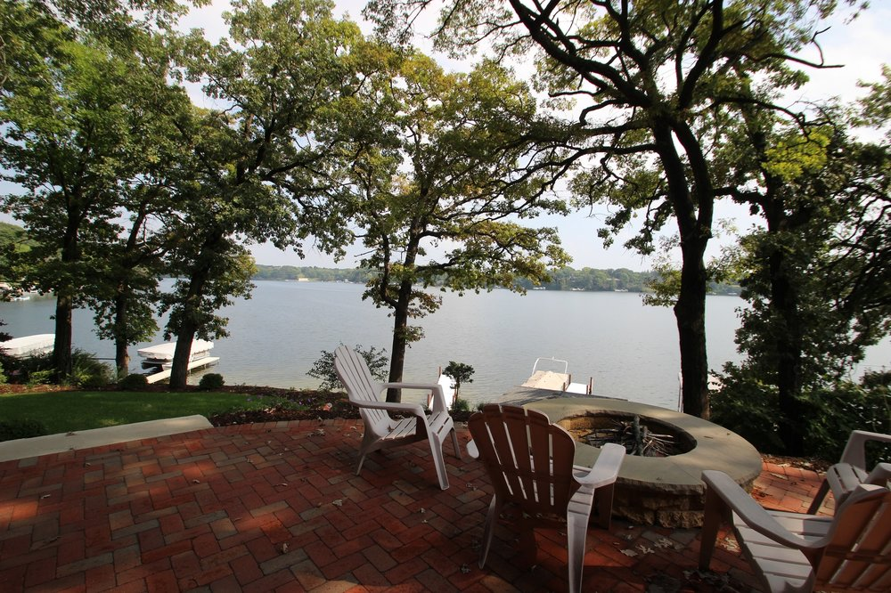 Lake_Beulah_view.jpg