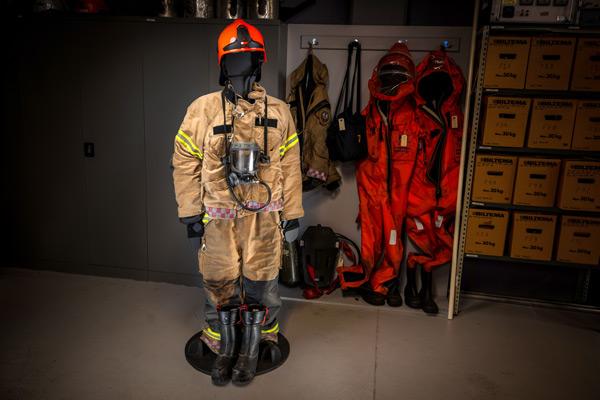 Brannmannsutstyr m/hjelm -