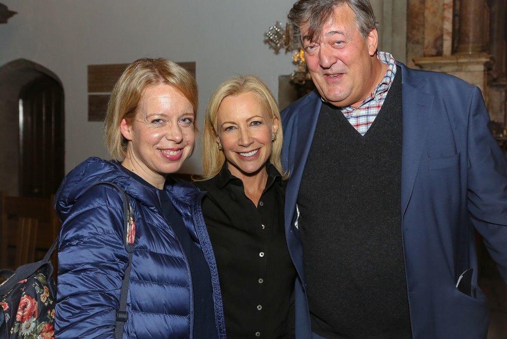 ORA Singers' Soprano  Julie Cooper , Artistic Director  Suzi Digby  and ORA President  Stephen Fry