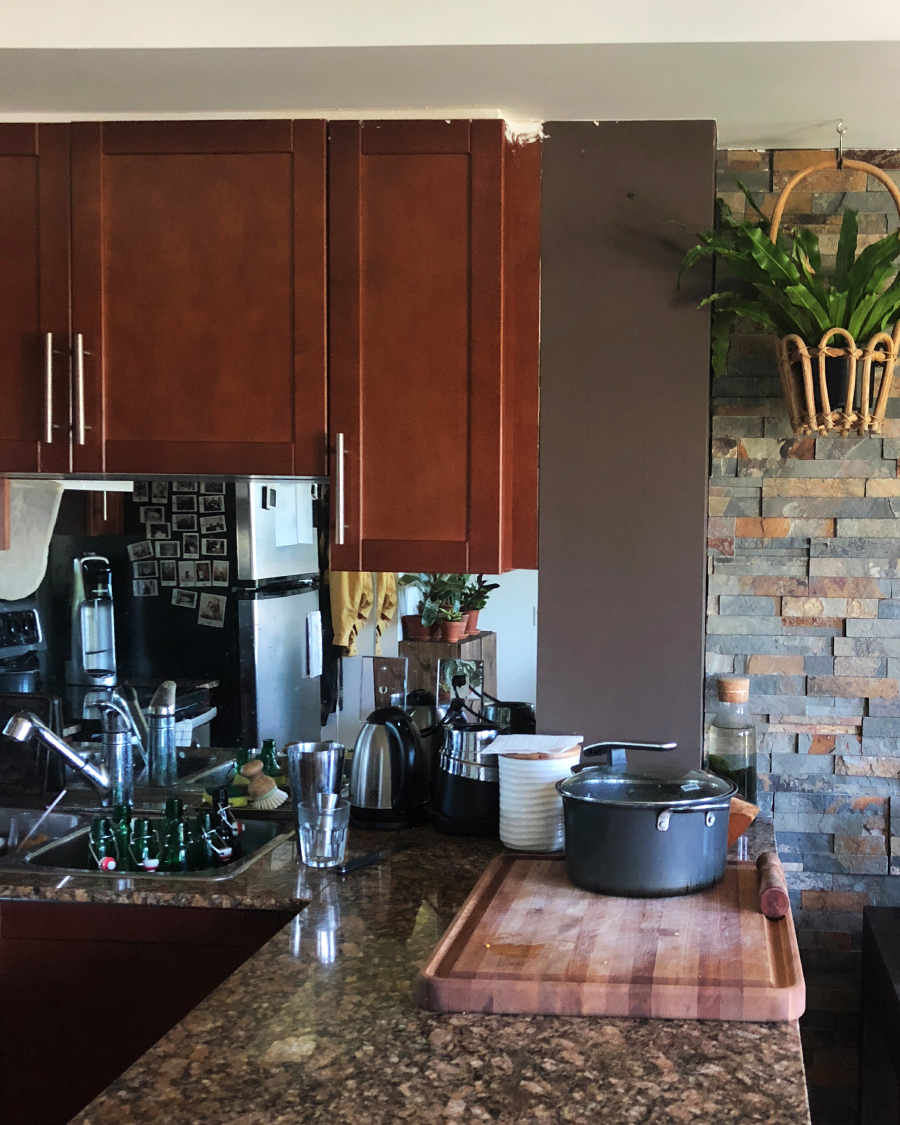 The mirrored backsplash that needed to go