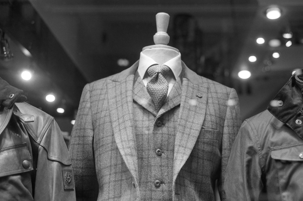 Mannequin Suit - Leica M4P - Ilford HP5.jpg