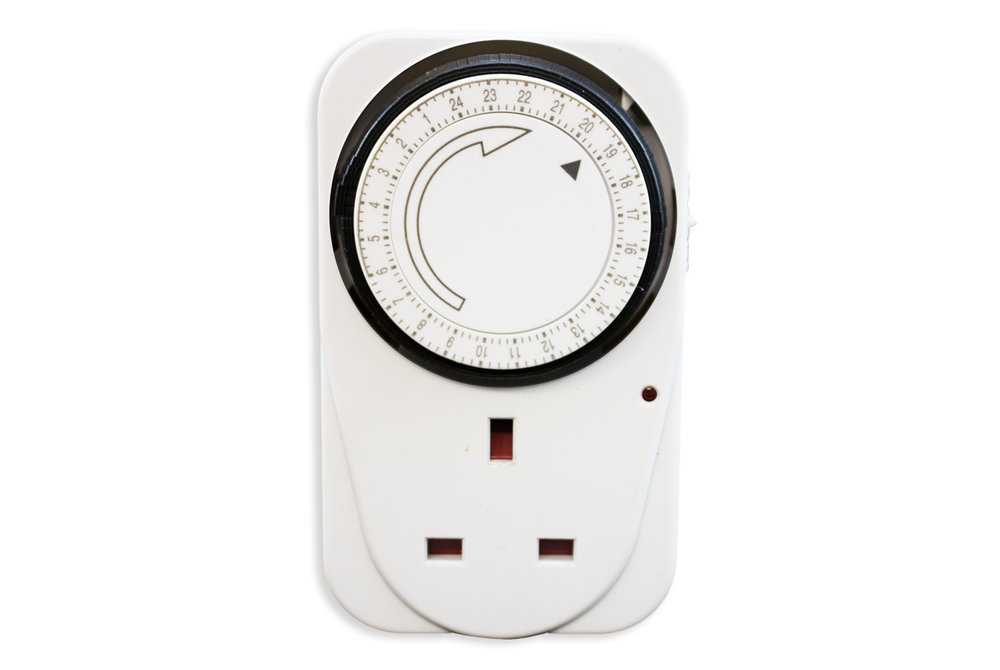 24 hour timer switch (retail packed).jpg