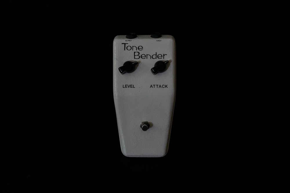 British Pedal Company ToneBender - Vintage clean tone. (if you know, you know.)