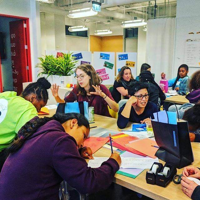 UX workshop with middle school girls - Girls Inc of Alameda County