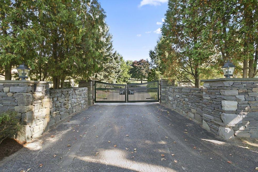 2 gate.jpg