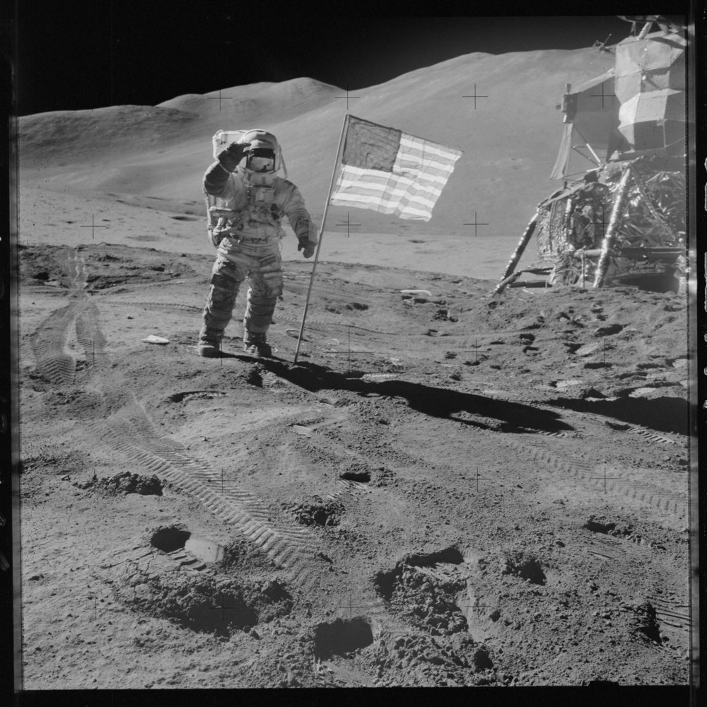 Apollo 15 Lunar surface.jpg